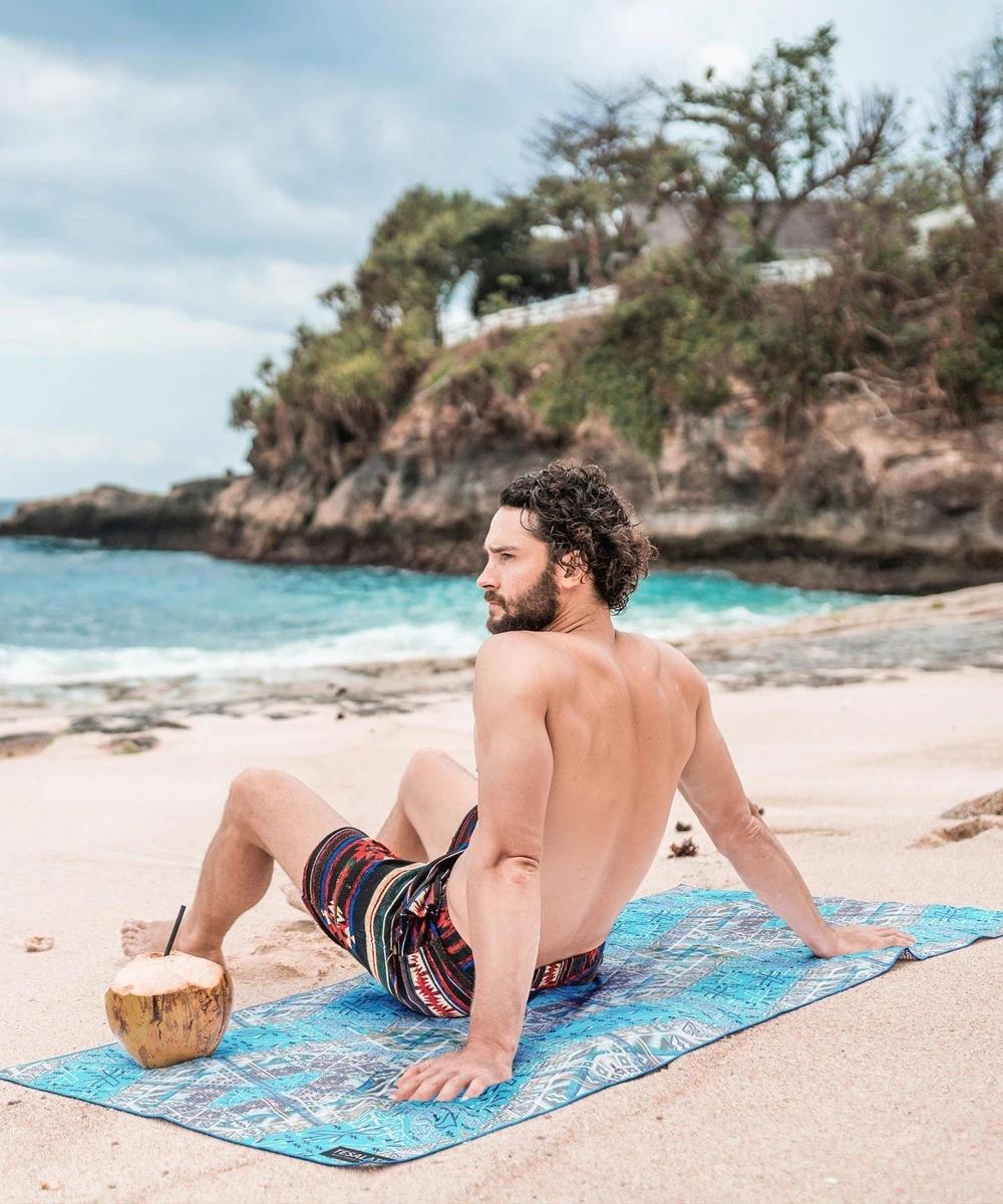 Sandproof beach towels Manufacturer